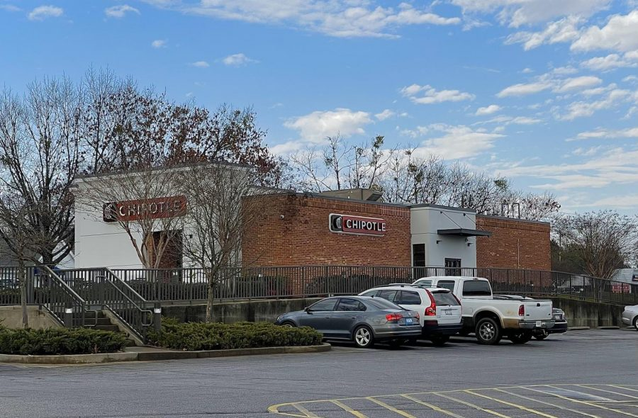 Chipotle+serves+as+new+competition+for+Spartanburg%27s+beloved+Taco+Dog+restaurant.+