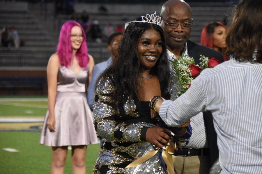 Tyreyonna Baker (12), crowned as an Honor Attendant